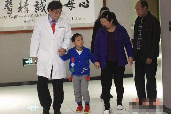 小斌斌首秀-深圳深圳希玛林顺潮眼科医院